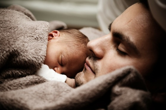 baby father hold