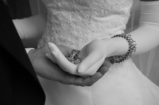 wedding handsjpg