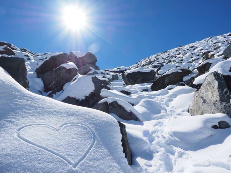 sun-snow-heart
